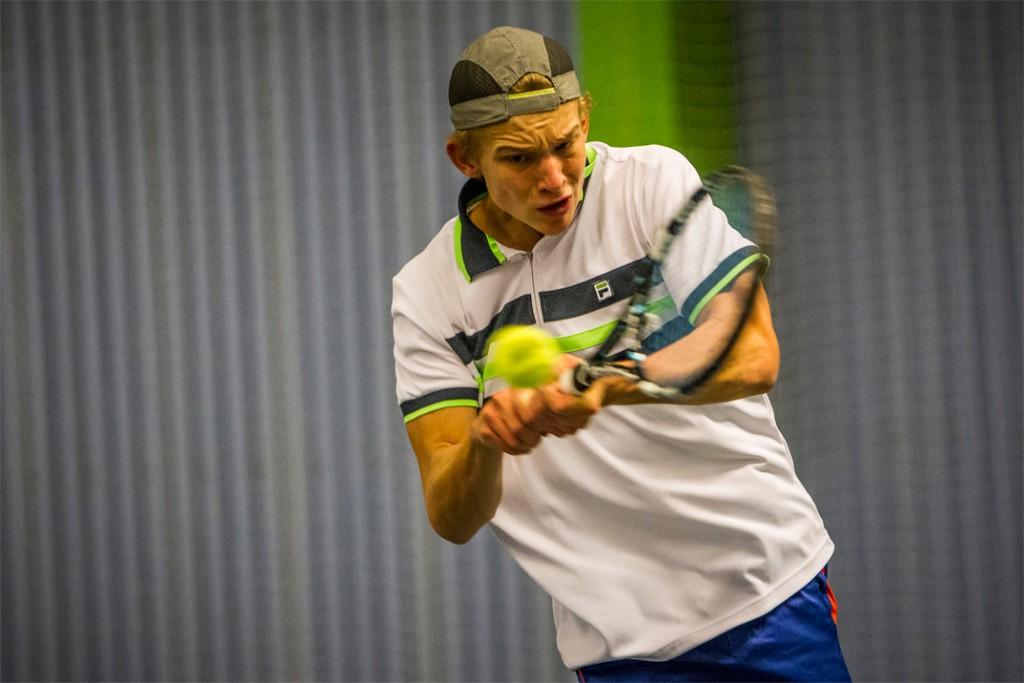Wimbledon: Deltagelse i kval 18 års fødselsdagsgave til