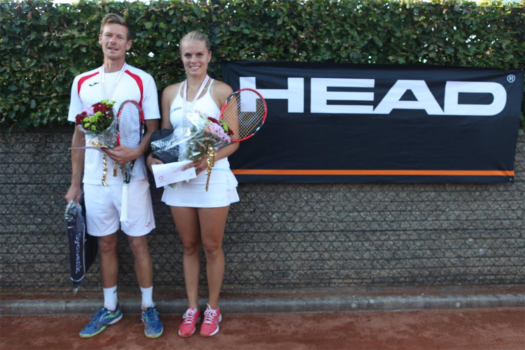 Mestrene i mixed double Philip Ørnø og Maria Jespersen, Gentofte.