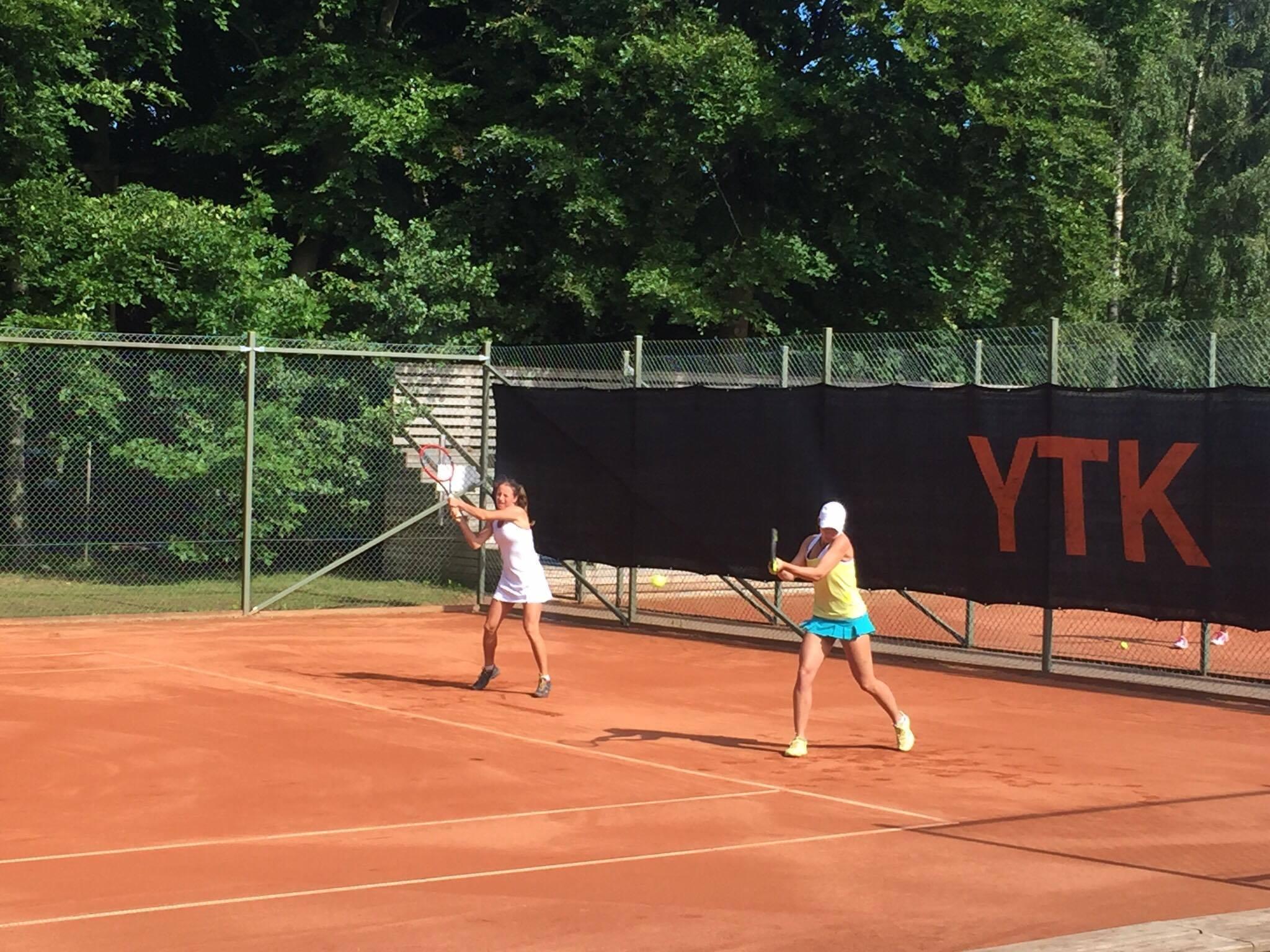 Karen tabte i doubles. Foto af Morten Sylvest