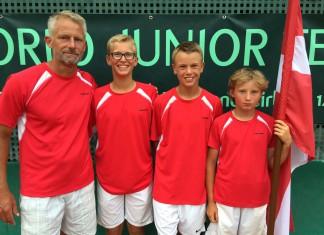 Coach Lars Christensen, Oskar Brostrøm Poulsen, Holger Vitus Nødskov Rune, Elmer Møller