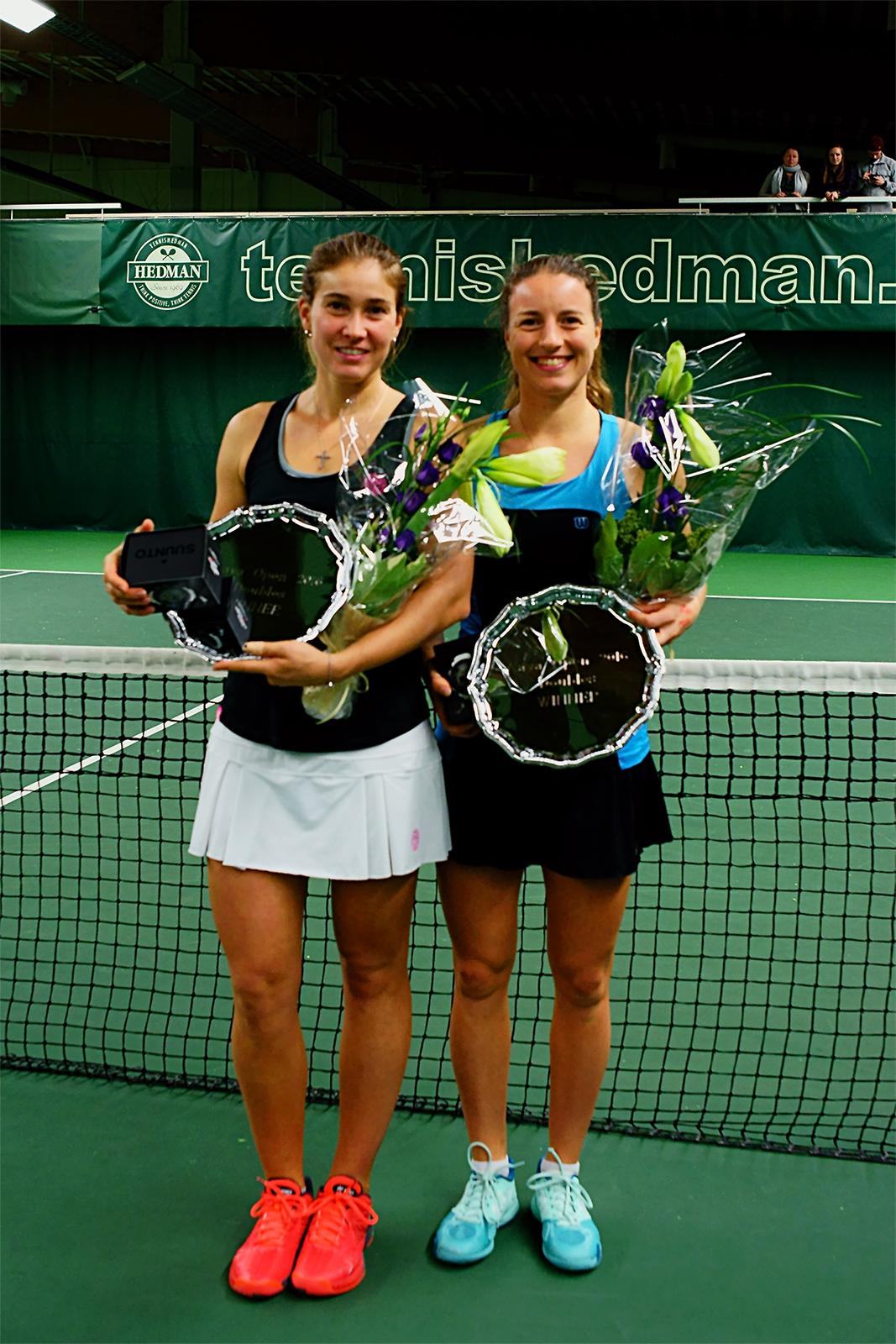 Laura-Ioana Andrei og Karen Barritza