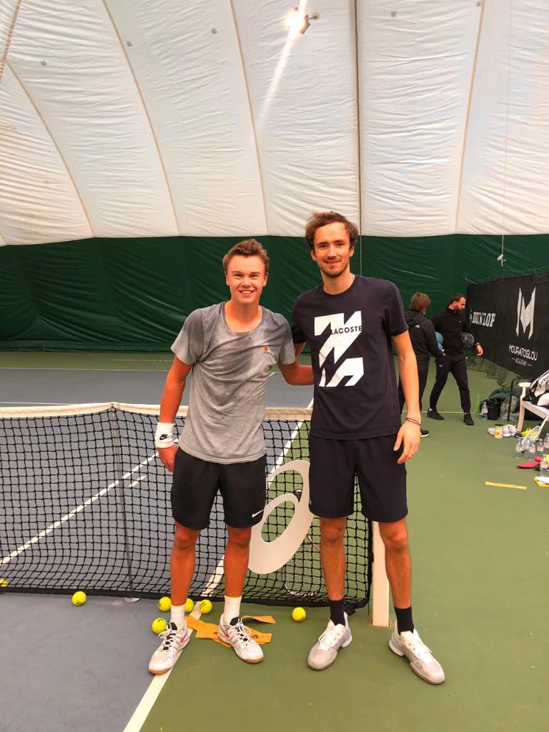 Holger Vitus Nødskov Rune og Daniil Medvedev